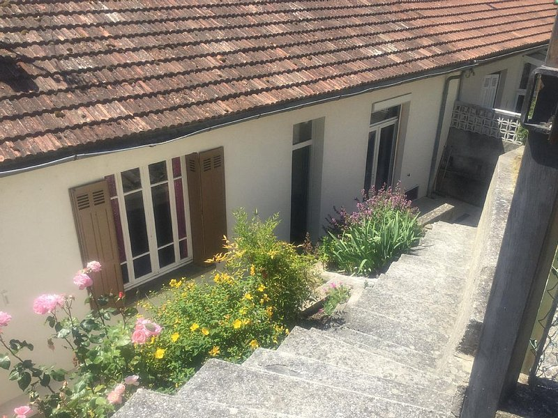 Holiday Home in Axat, holiday rental in Bessede-de-Sault