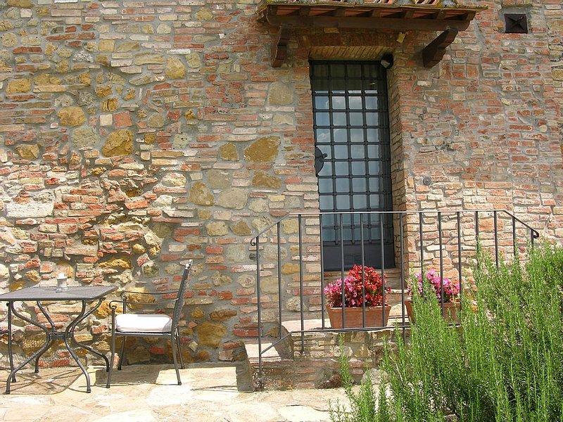 Il Coltro Farmhouse front on S.Gimignano - ETRUSCO, vakantiewoning in Ulignano