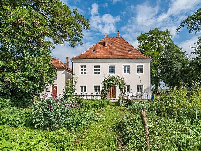 3 Sterne Ferienhaus  - Historisches Ambiente aus dem 18. Jahrhundert, holiday rental in Kelheim