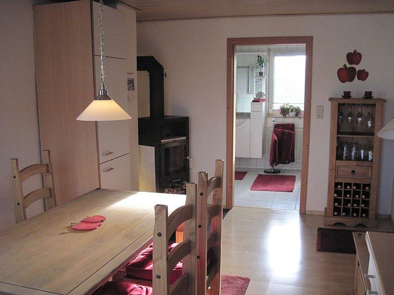 Neu renovierte Ferienwohnung im Pfälzerwald/Deutsche Weinstraße, vacation rental in Kaiserslautern