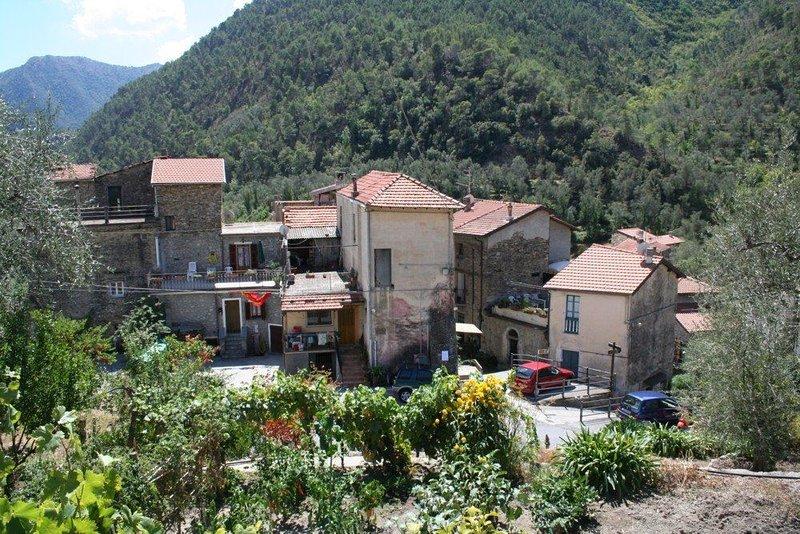 Riviera Hinterland,  Olivetta zwischen Italien + Frankreich, holiday rental in Castillon