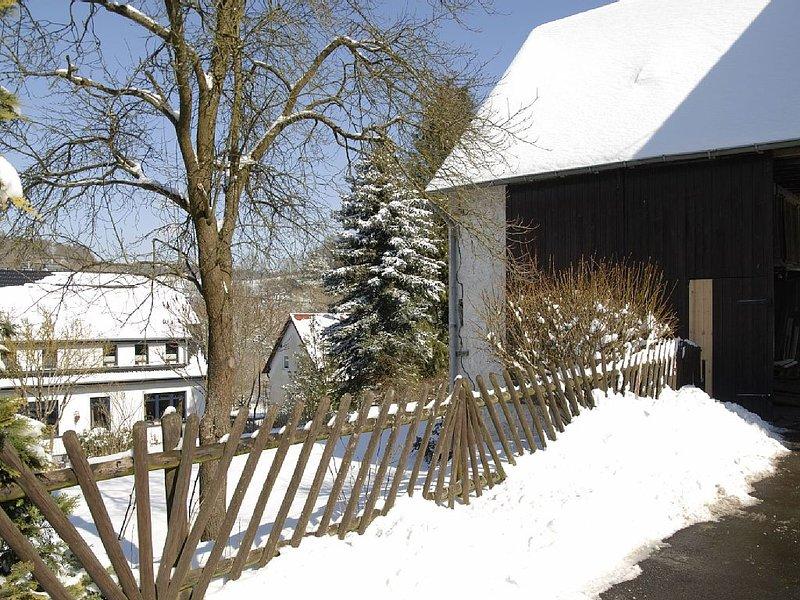 'Alte Bürgermeisterei'  - Ruhig-modernes Appartement f. 2 Pers., Terrasse/Garten, holiday rental in Pomster
