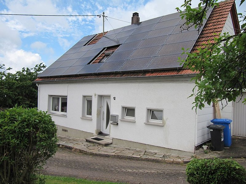 Haus im Grünen Naherholungsgebiet Bostalsee, holiday rental in Saarland