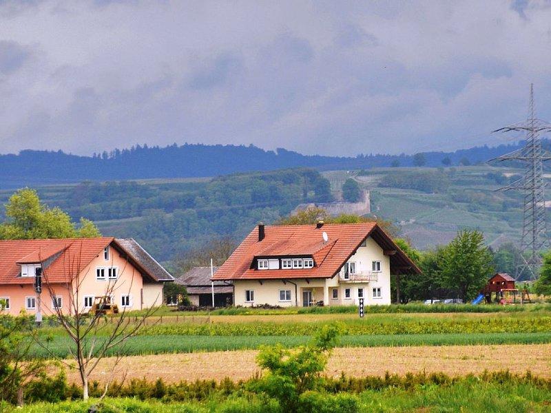 Ferien im Weingut im Naturgarten Kaiserstuhl, mit Blick auf die Weinberge wohnen, casa vacanza a Boetzingen