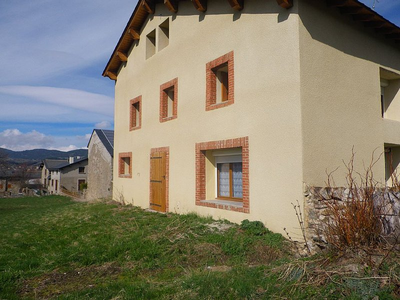 maison location saisonniere, holiday rental in Mont-Louis