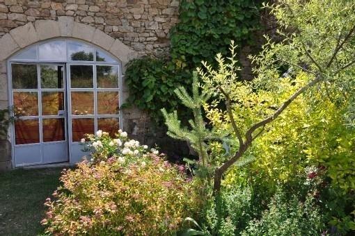 Ancienne grange aménagée en loft en pleine campagne, holiday rental in Varennes-Saint-Honorat
