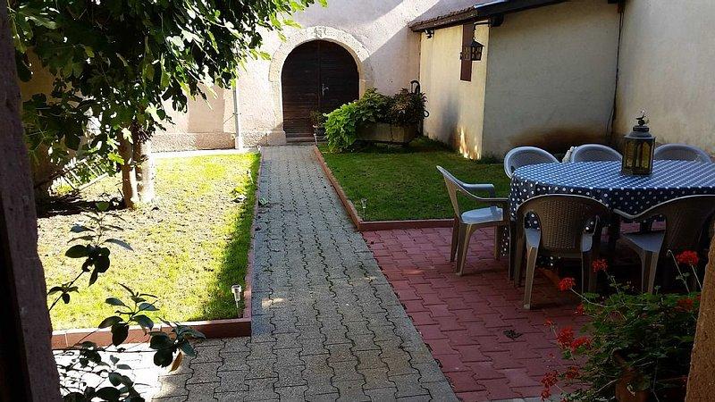Charmant gîte 8 places sur la route des vins d'Alsace, casa vacanza a Guebwiller
