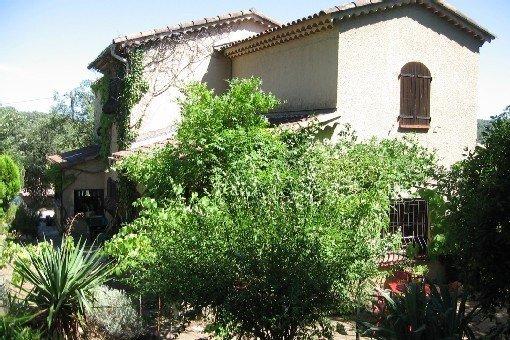 Maison provençale authentique et chaleureuse avec piscine privée, holiday rental in Trans-en-Provence