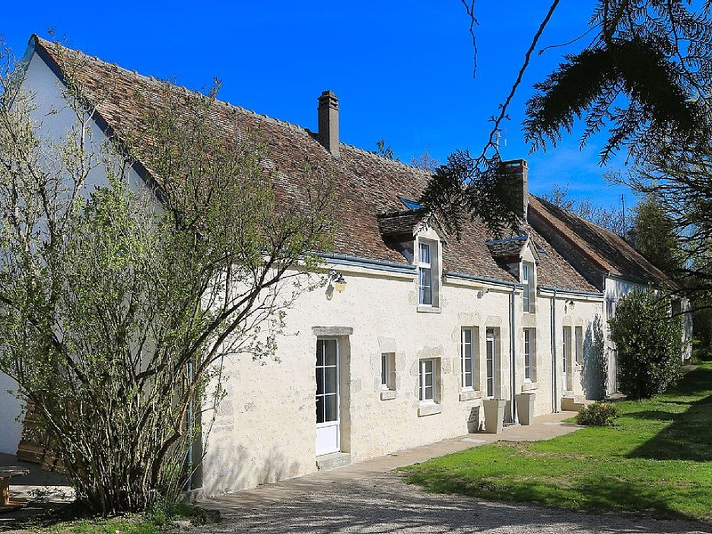 Longére entirely renovated, the charm of the old stones, the comfort in more