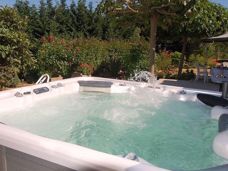 Maison jardin Jacuzzi Ajaccio Alata Afa, location de vacances à Alata