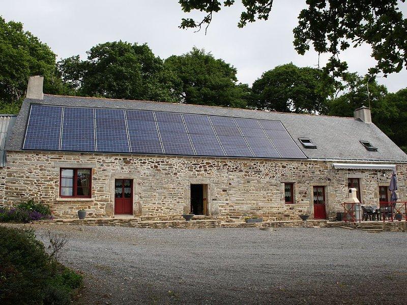 Gite à 'la ferme du chateau', vacation rental in Saint-Dolay