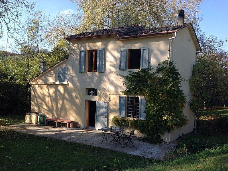 Toscane.Maison de campagne proche de grands centres touristiques, vacation rental in Casciana Terme Lari