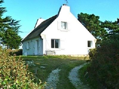 belle maison à 50 metres de la mer,6 personnes,animaux acceptés, alquiler vacacional en Guisseny