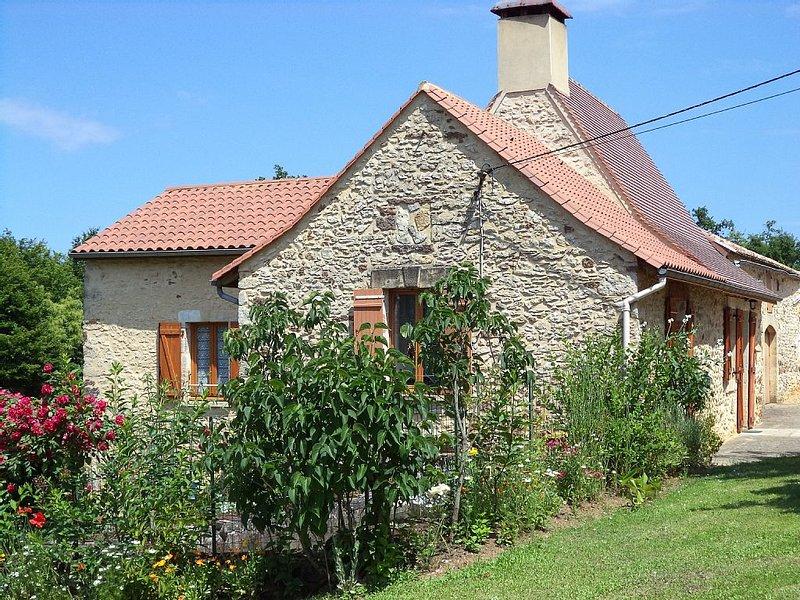 maison perigourdine         a la campagne, holiday rental in Berbiguieres