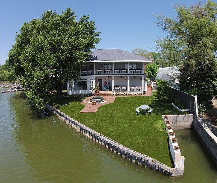 Private home rental 4BR 3.5 Bath $500 (Lake Manawa, IA), holiday rental in Glenwood