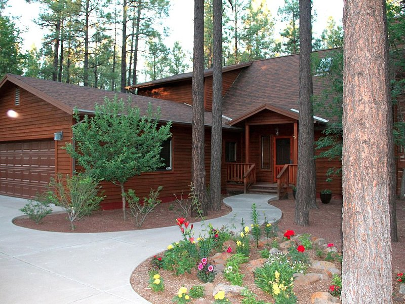 Cozy Cabin In Pinetop Country Club, location de vacances à Vernon