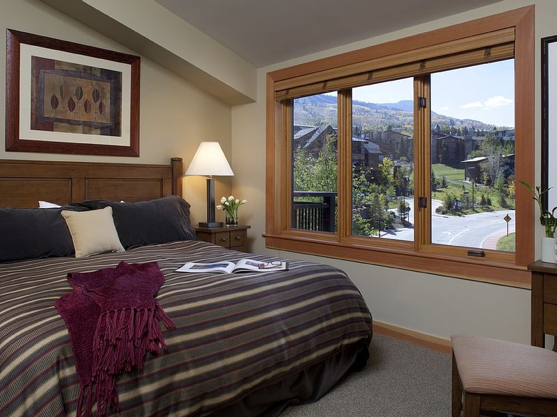 Capitol Peak Unit 3227 ~ Luxury Accommodations, vacation rental in Snowmass Village