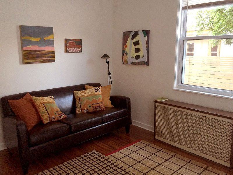 Great little house in the heart of Lawrenceville, vacation rental in Pittsburgh