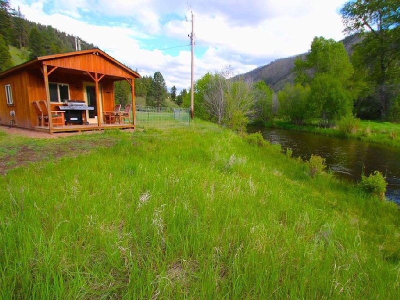 Rock Creek Frontage Cabin Rental, location de vacances à Philipsburg
