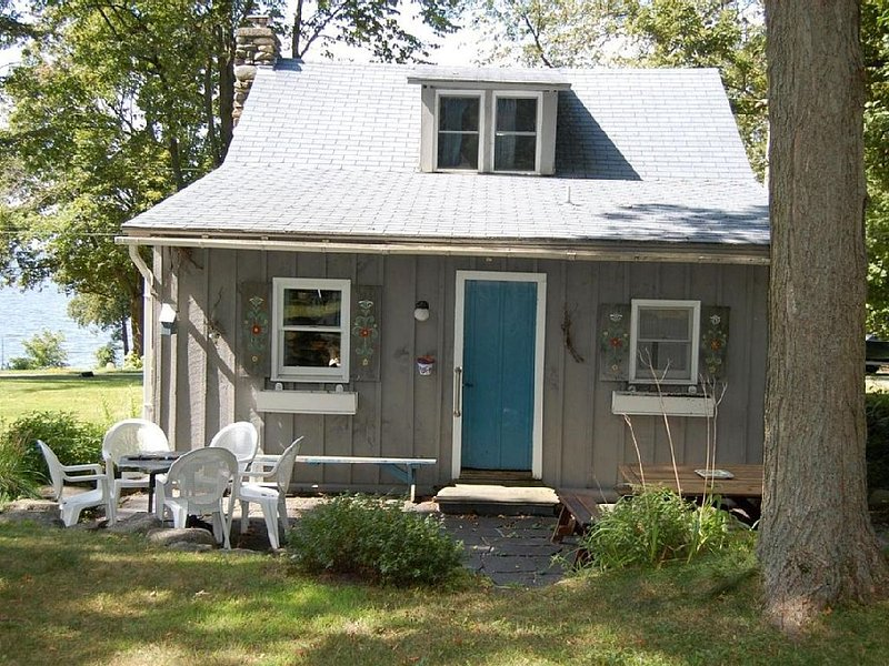 Summer Cottage Rental in Highgate Springs, holiday rental in Dunham