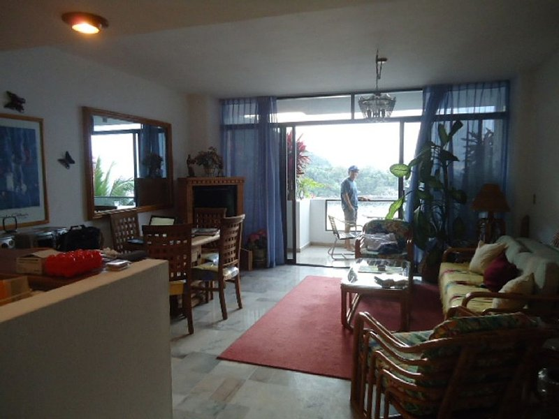 Mismaloya Oceanfront condomimium located at La Jolla De Mismaloya Condominiums, holiday rental in Cabo Corrientes