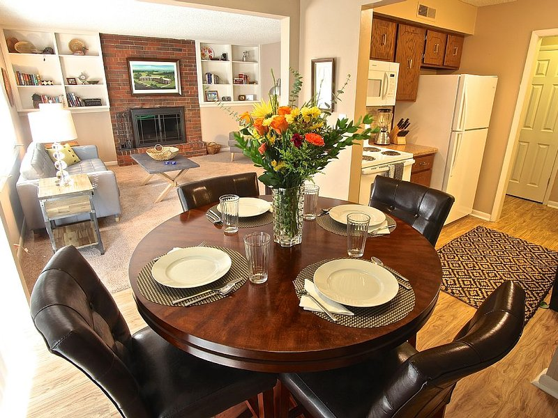 Fabulous Fully Furnished Executive Rental, holiday rental in Manhattan
