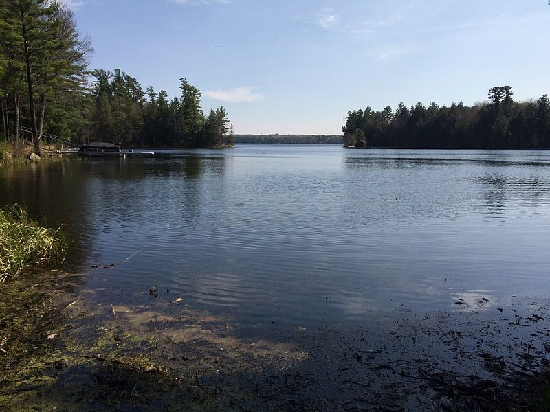 Enterprise Lake Home On Peaceful Wooded Lot Near Atv Trails, vacation rental in Summit Lake