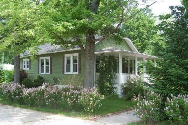 Prime Beach Time,  7 blocks from beach, holiday rental in New Buffalo