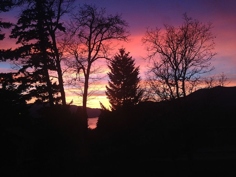 Beautiful gorge sunset view.
