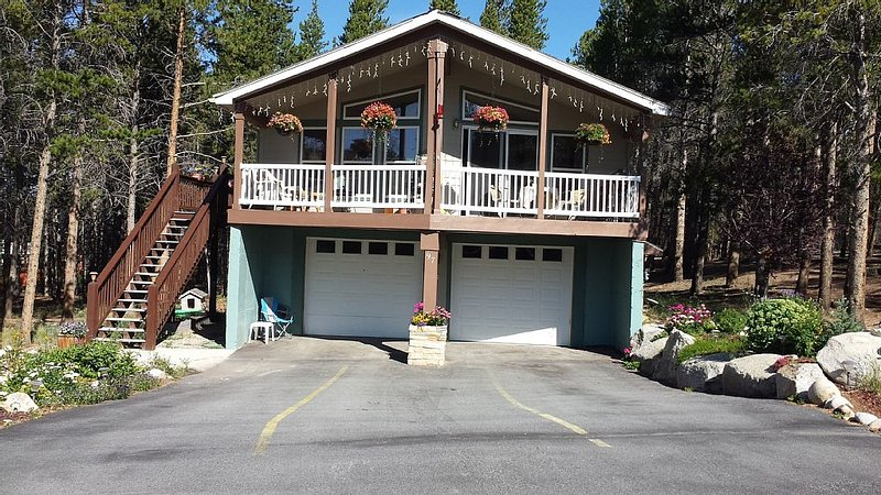 Peaceful Mountain Retreat, vacation rental in Leadville