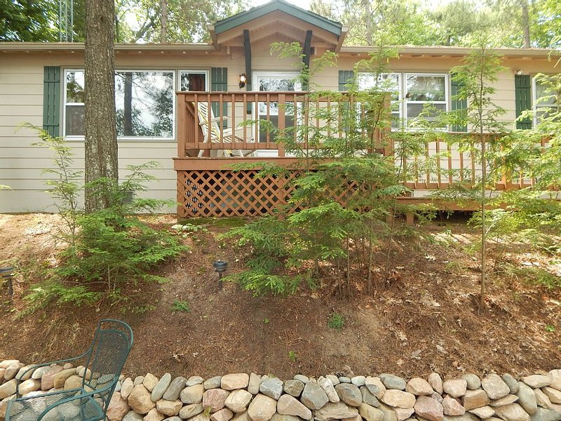 Family Getaway on Eagle River Chain of Lakes (Catfish Lake), vacation rental in Eagle River