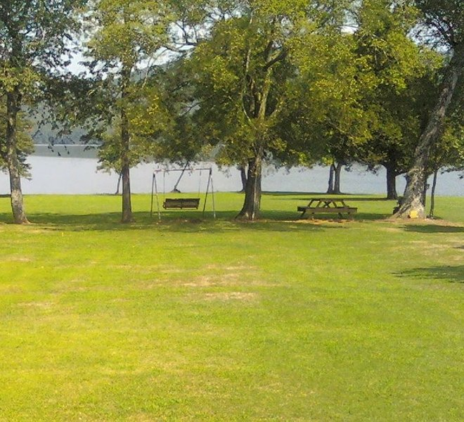 New! On The Lake at South Sauty!, holiday rental in Grant