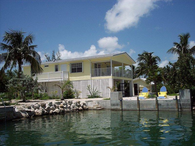 The Banana Cabana, Canal Front Home Sugarloaf Key Mm 17, vacation rental in Summerland Key