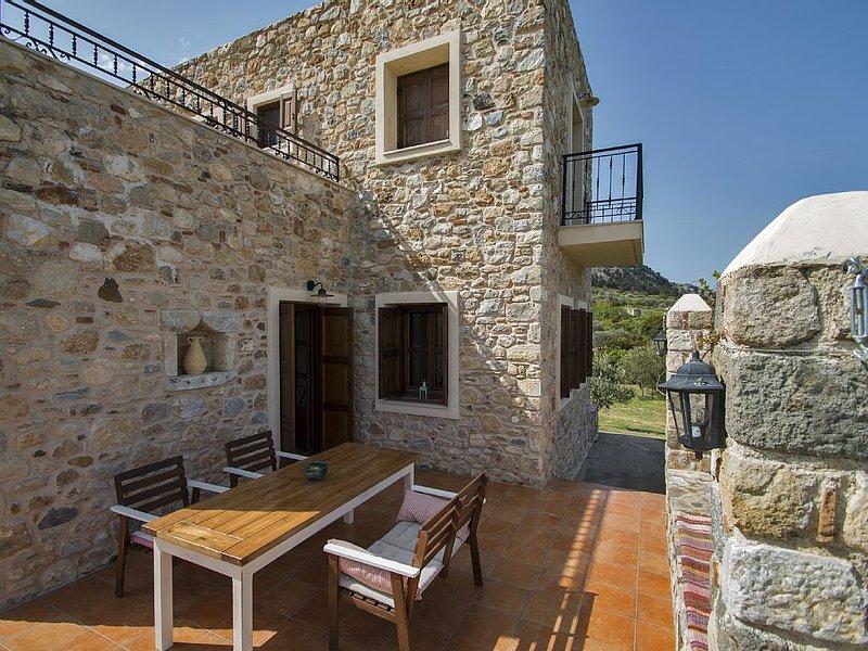 Villa Lagoudi Stone House, Ferienwohnung in Kós