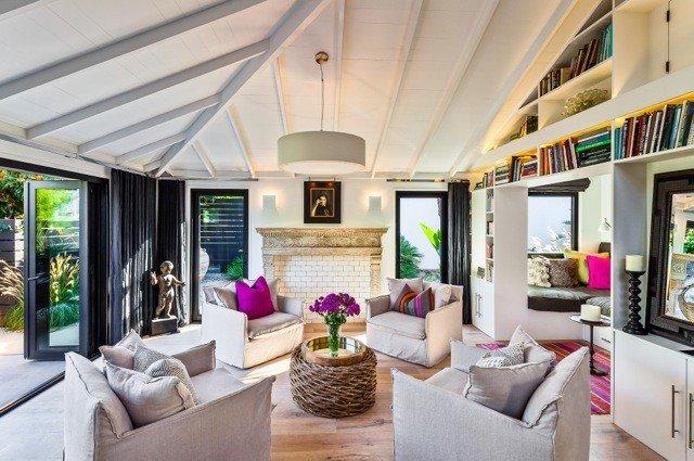 Designers' Mesa Beach Cottage Steps from Leadbetter Beach, holiday rental in Santa Barbara