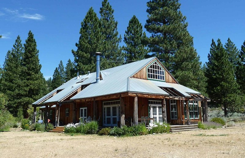 Spectacular High Sierra Ranch in Sierra Valley, holiday rental in Beckwourth