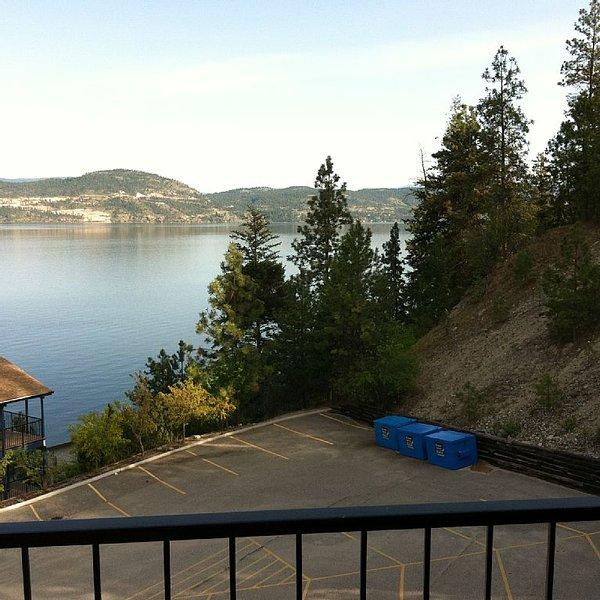 Lake Okanagan Resort I Bedroom Condo For Family Or Romantic Get Away Golf Tennis, holiday rental in Kelowna