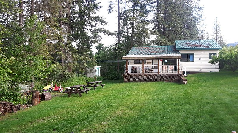 Christina Lake Westlake Restin', holiday rental in Christina Lake