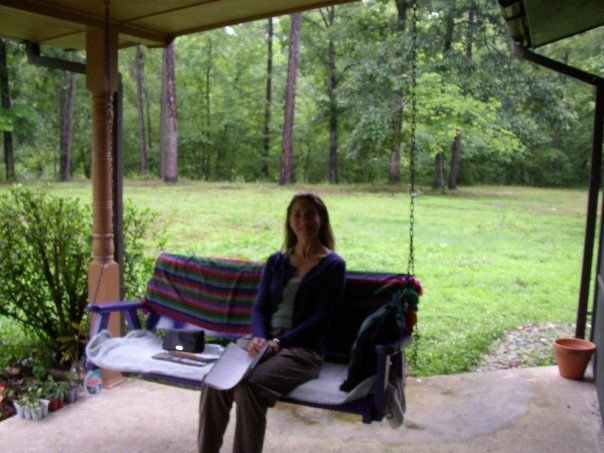 Peaceful Forested Family & Pet Friendly 3 Bedroom 2 Bath Home Near Lake Ouachita, location de vacances à Norman