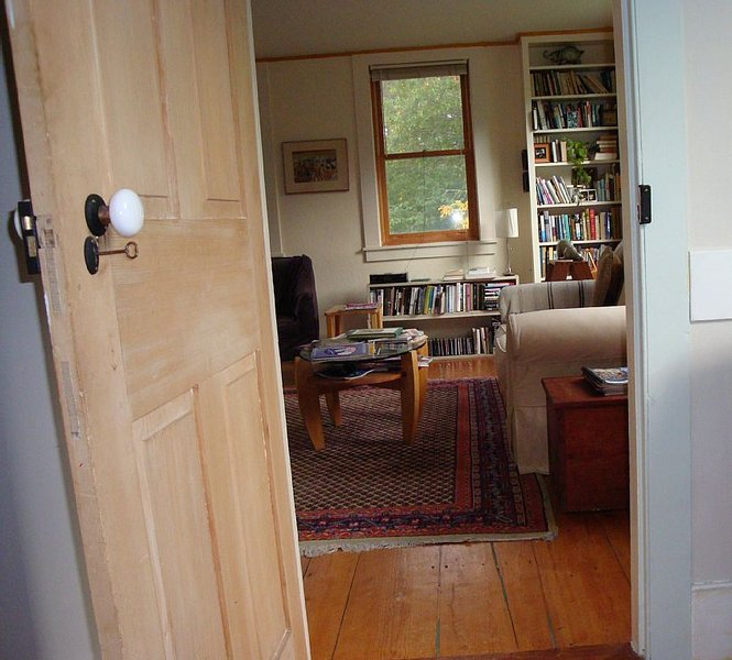Vermont Classic Farmhouse: Enjoy The Finer Things Of Life., holiday rental in Greensboro