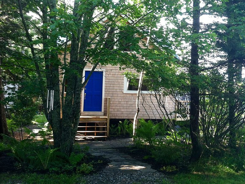 Beach-Side Cottage: Windows By The Sea, location de vacances à Brooksville