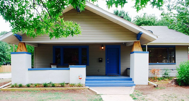 Perfect Location! Newly Renovated , Spacious, and Clean!, location de vacances à Oklahoma City