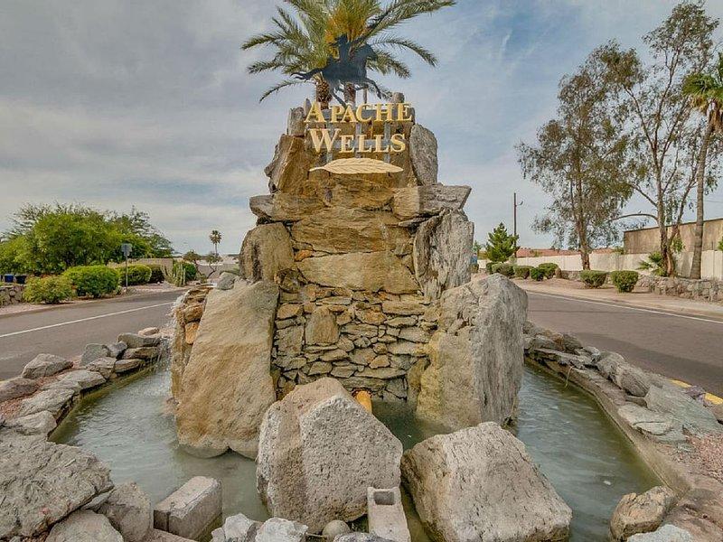 Attractively  Decorated Condo, vacation rental in Mesa