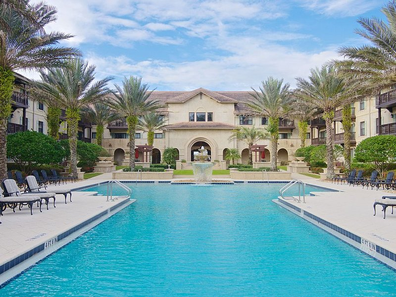 Luxury 2/2 Laterra Resort & Spa World Golf Village King & Bear Golf, holiday rental in Green Cove Springs