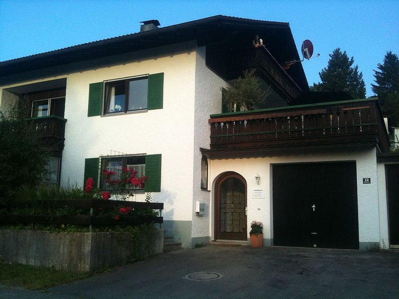Apartment at the feet of the Alps, holiday rental in Lechbruck