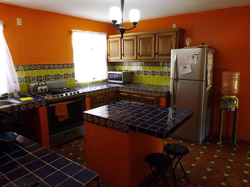 Spacious 4BR House With View, Easy Walk to Centro, location de vacances à Guanajuato