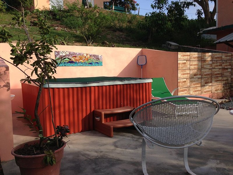 Cozy & private, with jacuzzi and with a great location, holiday rental in Isabel Segunda