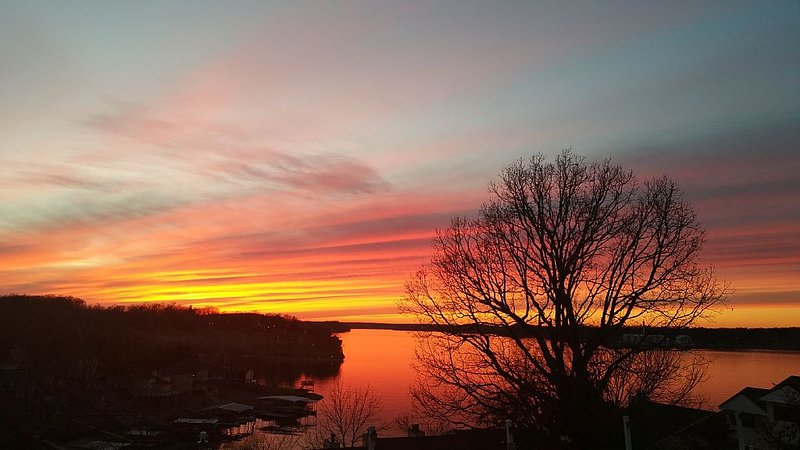 Million Dollar view of the Lake on Horseshoe Bend, holiday rental in Lake Ozark