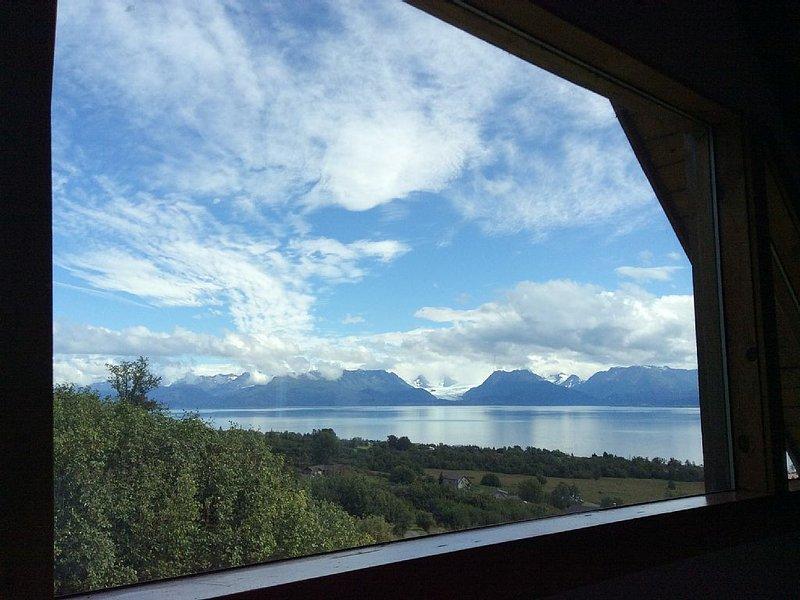Musician's Paradise With Spectacular Views, location de vacances à Fritz Creek
