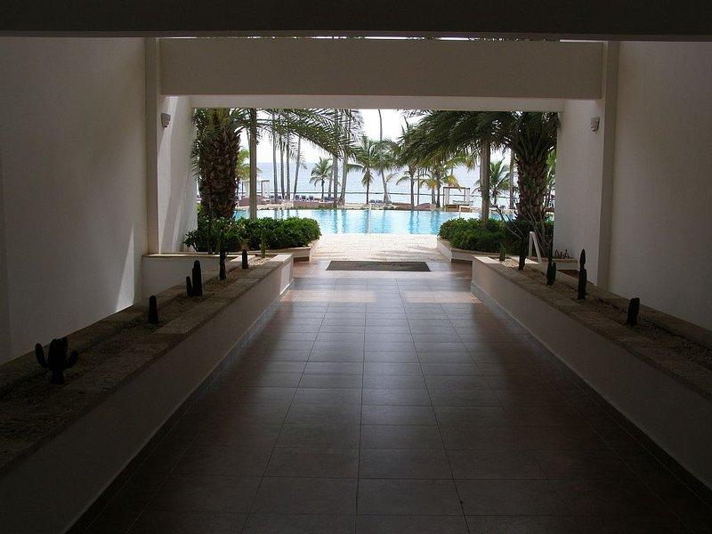 Beachfront Luxury Complex Of Marbella Juan Dolio, alquiler de vacaciones en Juan Dolio